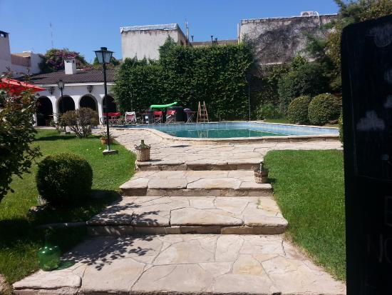 damajuana-hostel Mendoza Argentina